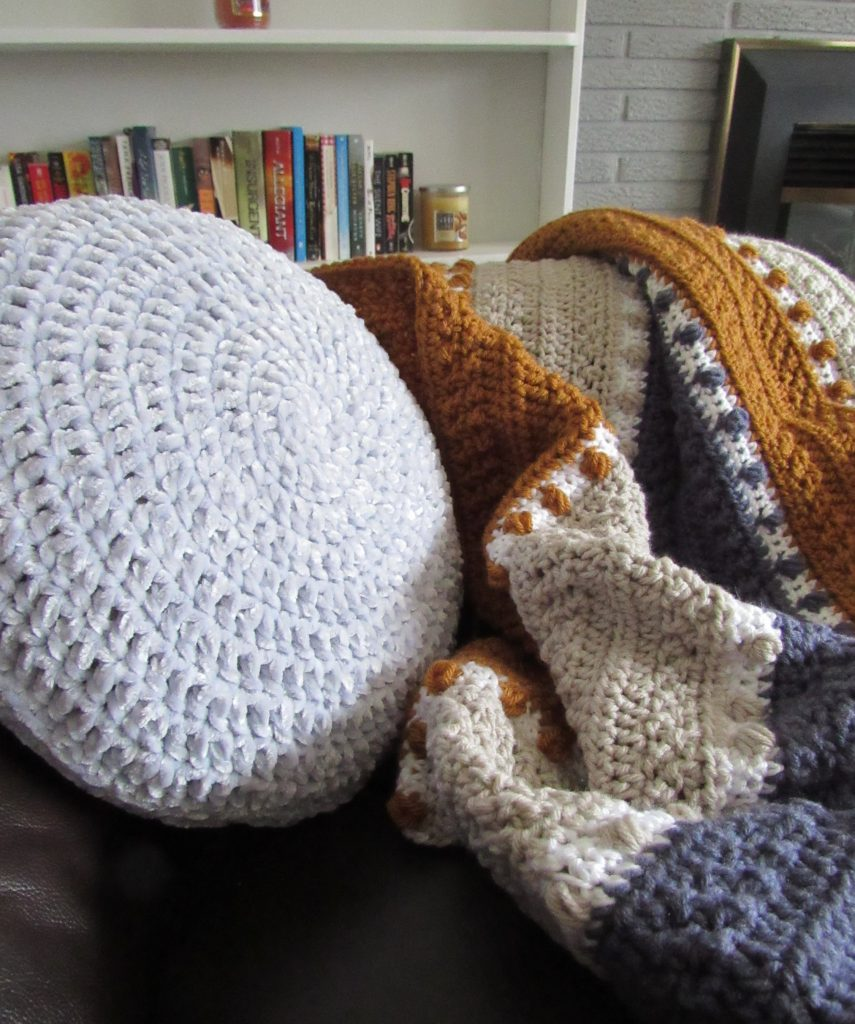 Circular Crochet Pillow Using Bernat Velvet Yarn