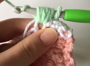 The Puff Stitch Easy Crochet Tutorial
