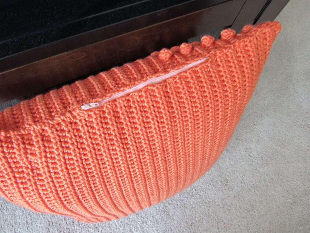 Crochet Pillow with Zipper