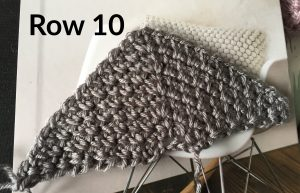 Row 10 of the Moss Stitch Triangle Pattern