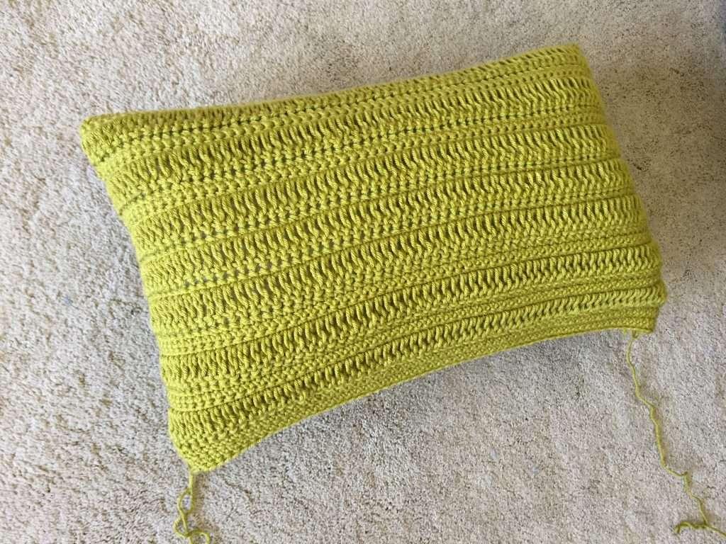 Crochet Green textured Pillow Free Pattern