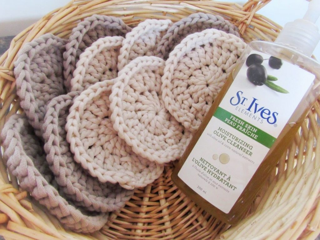 Bernat Home Dec Yarn Face Pads Crochet