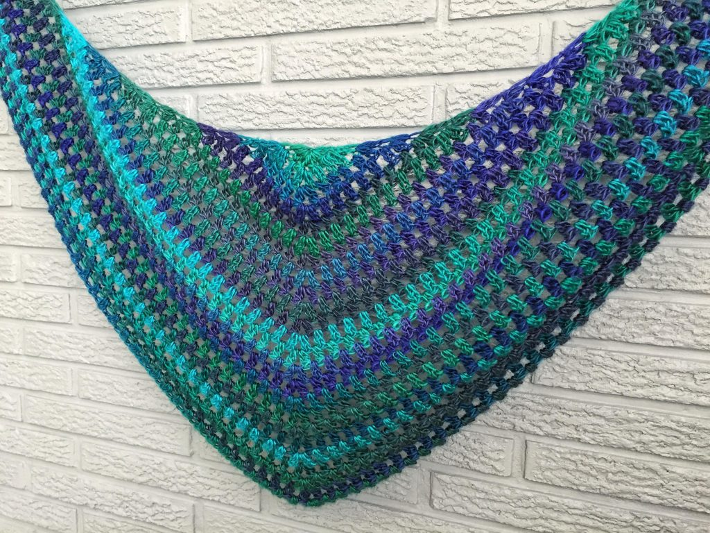 Beginner Crochet Triangle Scarf Free Pattern and Tutorial