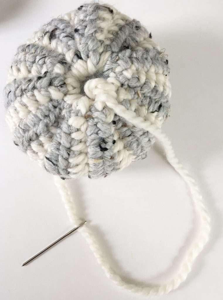 Crochet Striped Pumpkin Pattern and Tutorial