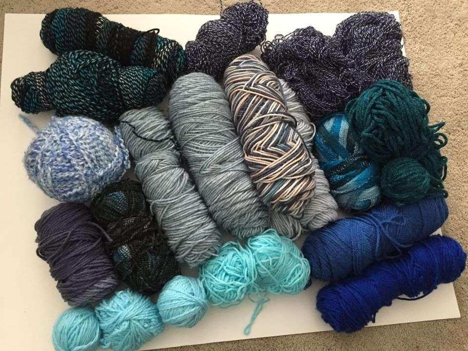 Blue Bundle of Yarn for Sale Tutorial
