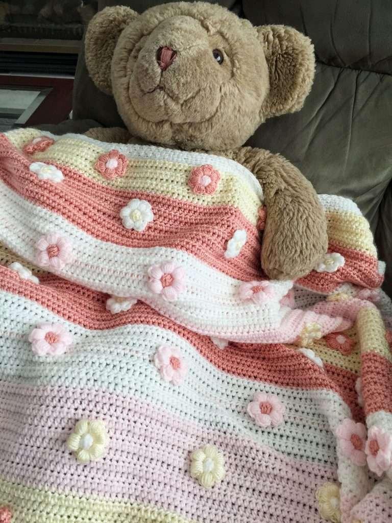 The Cutest Crochet Flowers Baby Blanket