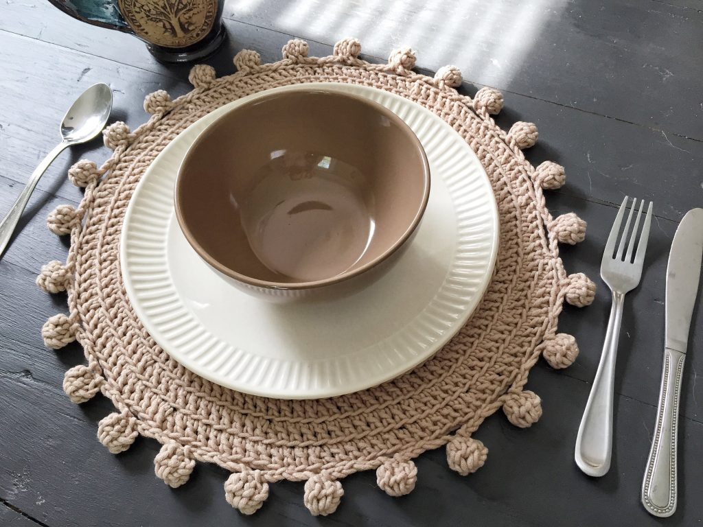 Pom Pom Edging for Crochet Placemat Pattern